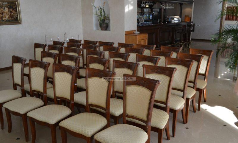 Химчистка стульев ресторан Лайтхаус